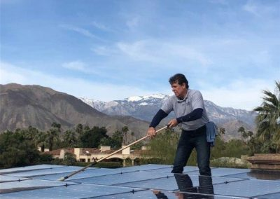 palm-springs-solar-panel-cleaning