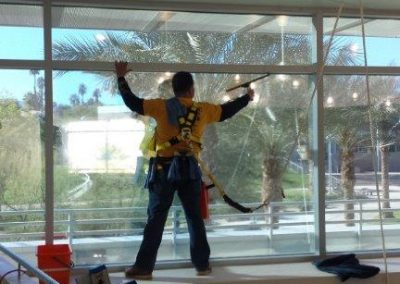 window-cleaning-palm-springs-02